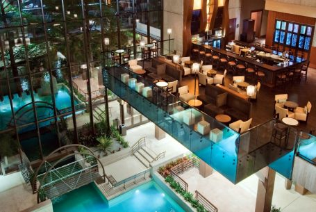 Hyatt Regency Public Spaces